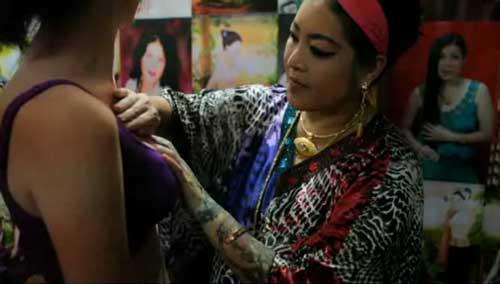 breast massage methods